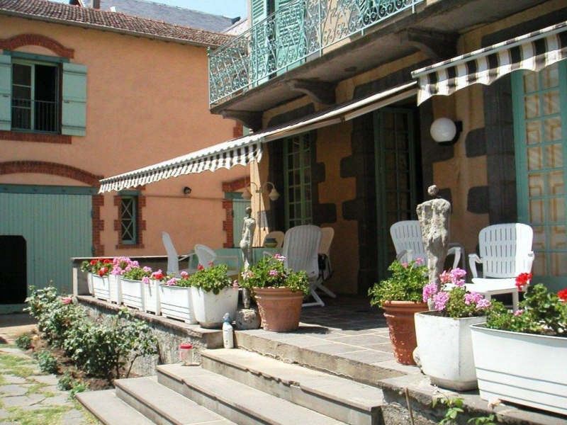 Sale house / villa Clermont ferrand 475000€ - Picture 1