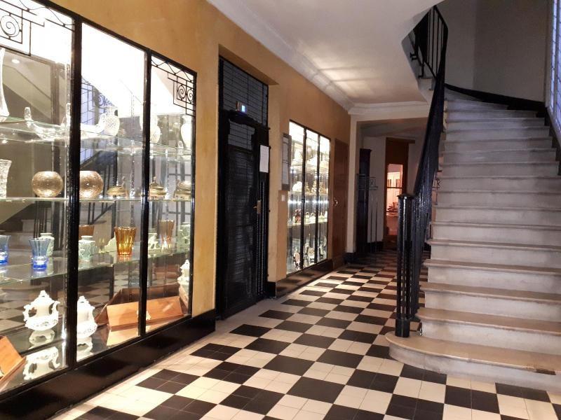 Location appartement Paris 16ème 924€ CC - Photo 2