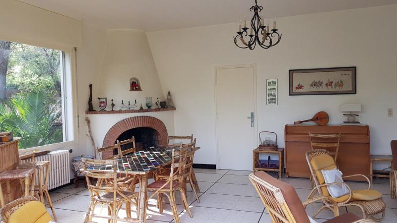 Vacation rental house / villa Cavalaire sur mer 1000€ - Picture 12