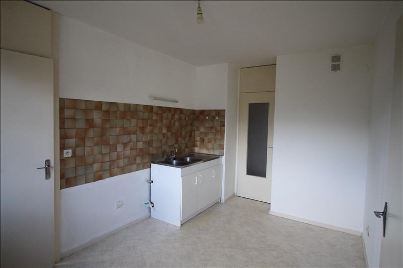Location appartement Sallanches 710€ CC - Photo 3
