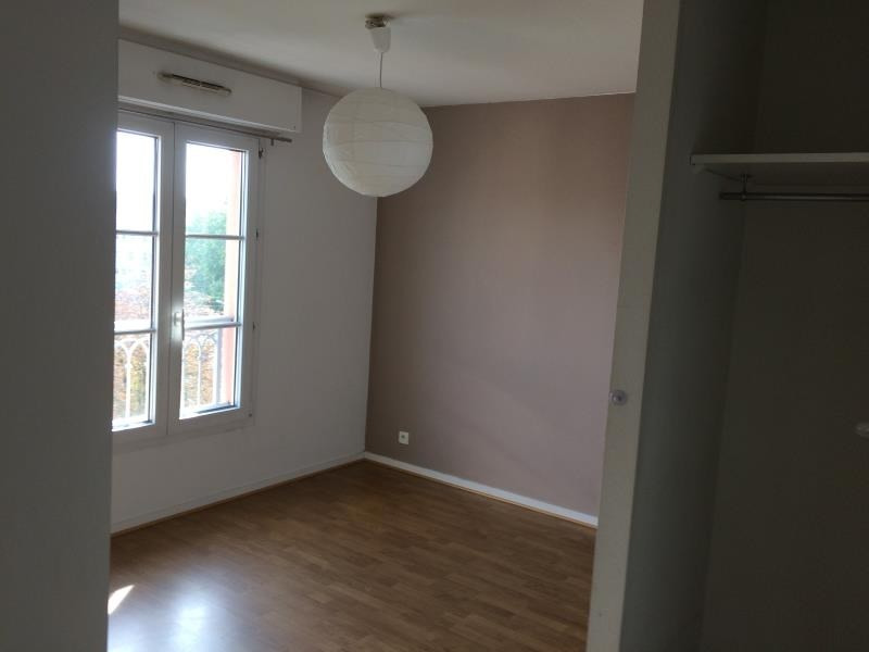 Rental apartment Poissy 828€ CC - Picture 3