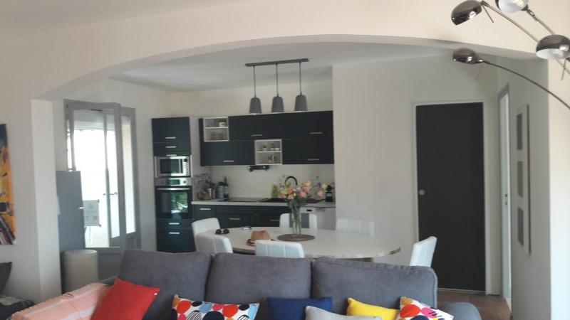 Location vacances maison / villa Les issambres 915€ - Photo 2