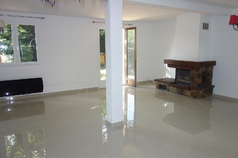 Vendita casa Ste genevieve des bois 374500€ - Fotografia 3