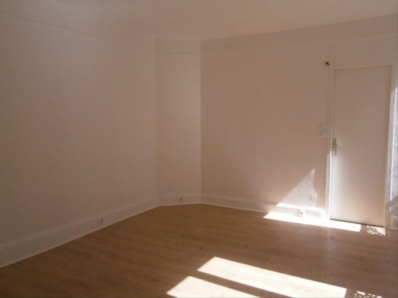 Rental apartment Fontainebleau 410€ CC - Picture 2