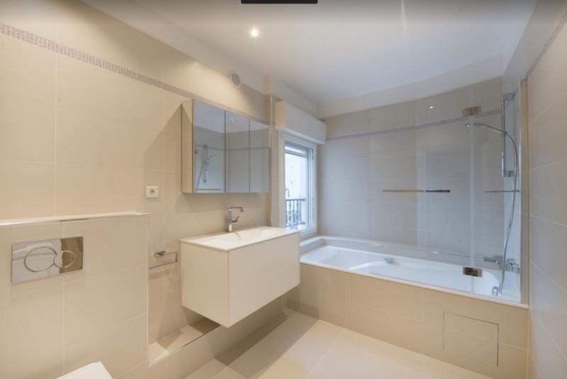 Rental apartment Paris 8ème 8300€ CC - Picture 6