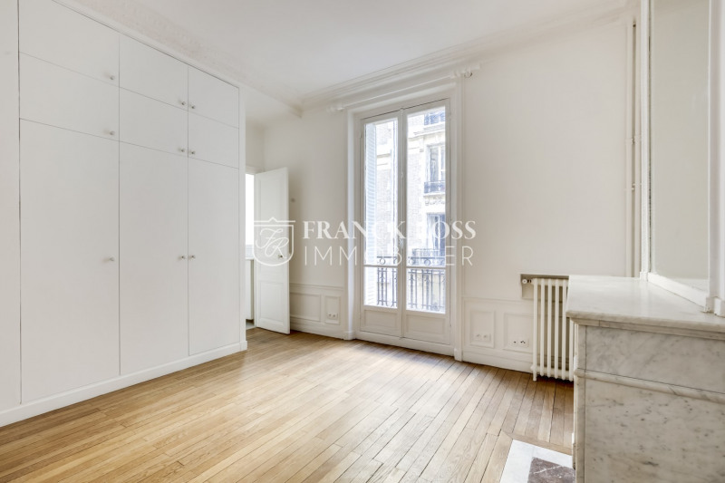 Location appartement Paris 17ème 3 500€ CC - Photo 5