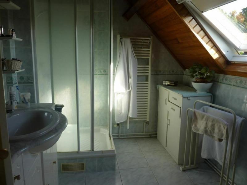 Sale house / villa Pont-l'évêque 278250€ - Picture 8