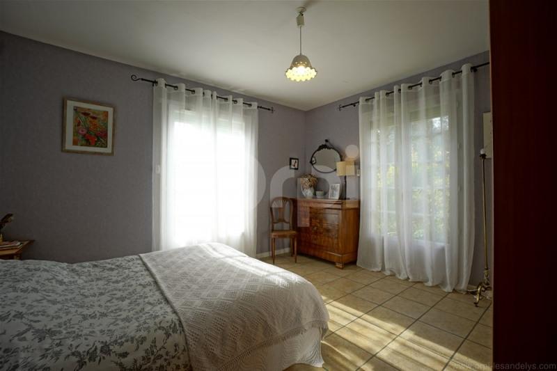 Sale house / villa Les andelys 279000€ - Picture 4