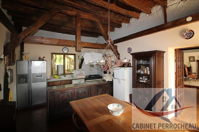 Sale house / villa La chartre sur le loir 213000€ - Picture 6