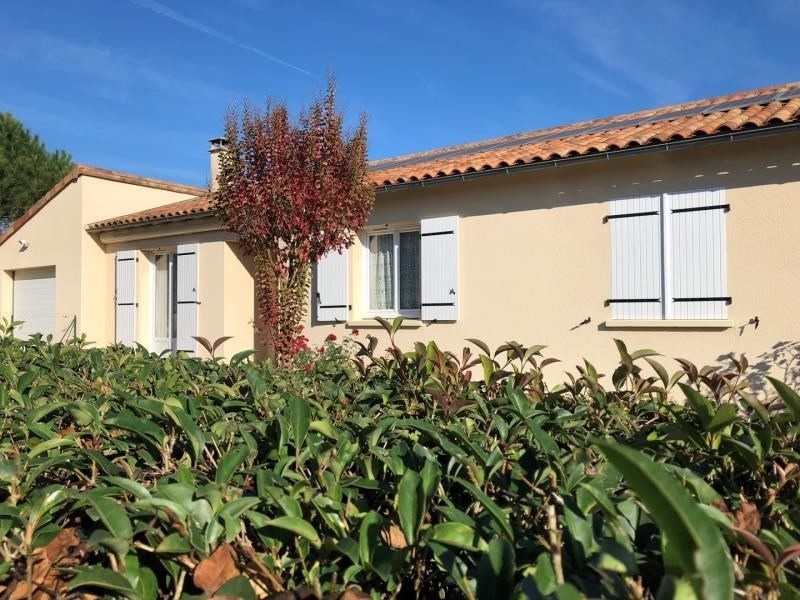 Vente maison / villa Liguge 239000€ - Photo 1