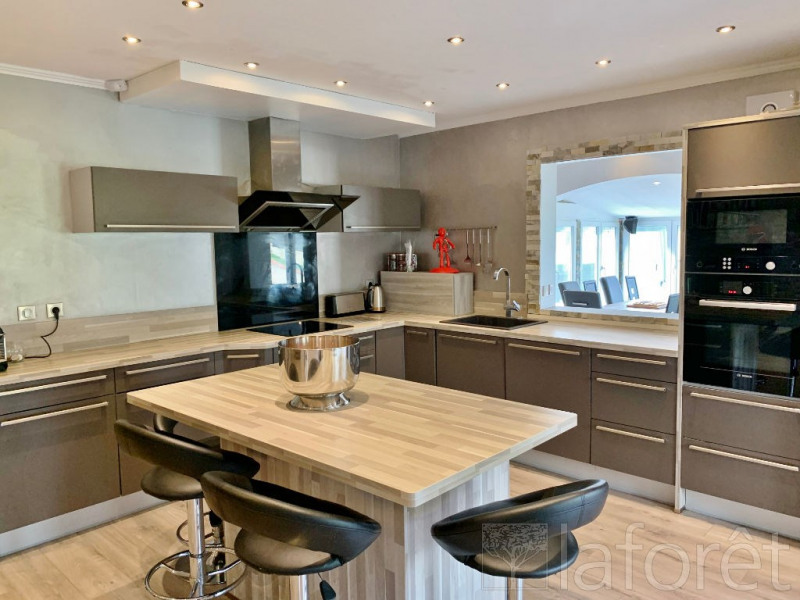 Sale house / villa Bourgoin jallieu 369000€ - Picture 4