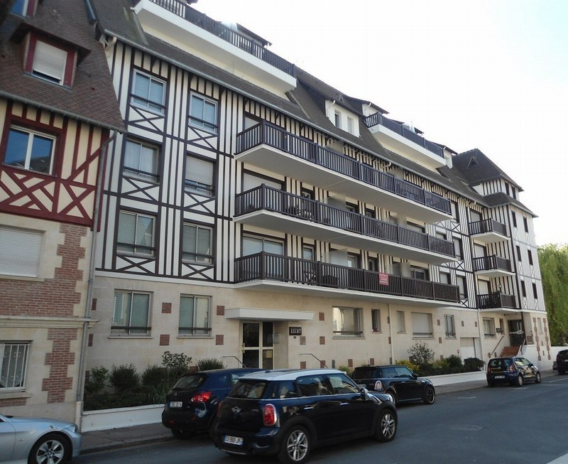 Verkoop  appartement Deauville 129000€ - Foto 9
