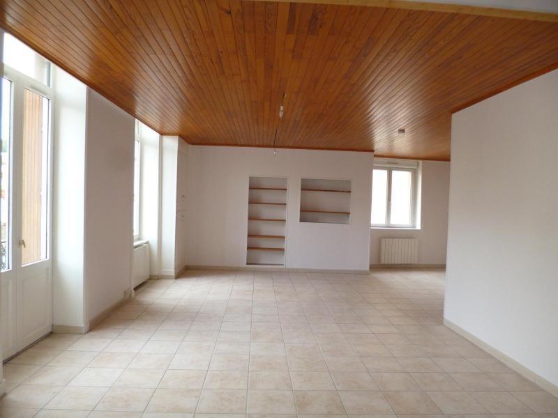 Location appartement Pontcharra sur turdine 498€ CC - Photo 1