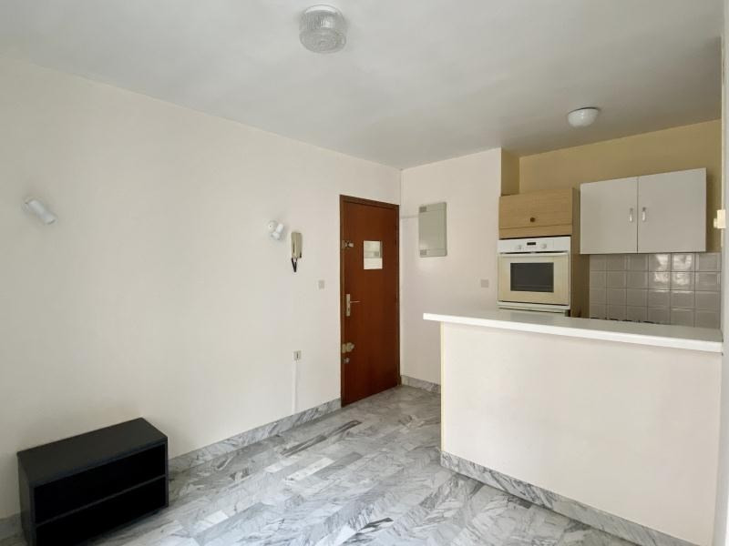 Sale apartment Beziers 54 000€ - Picture 2
