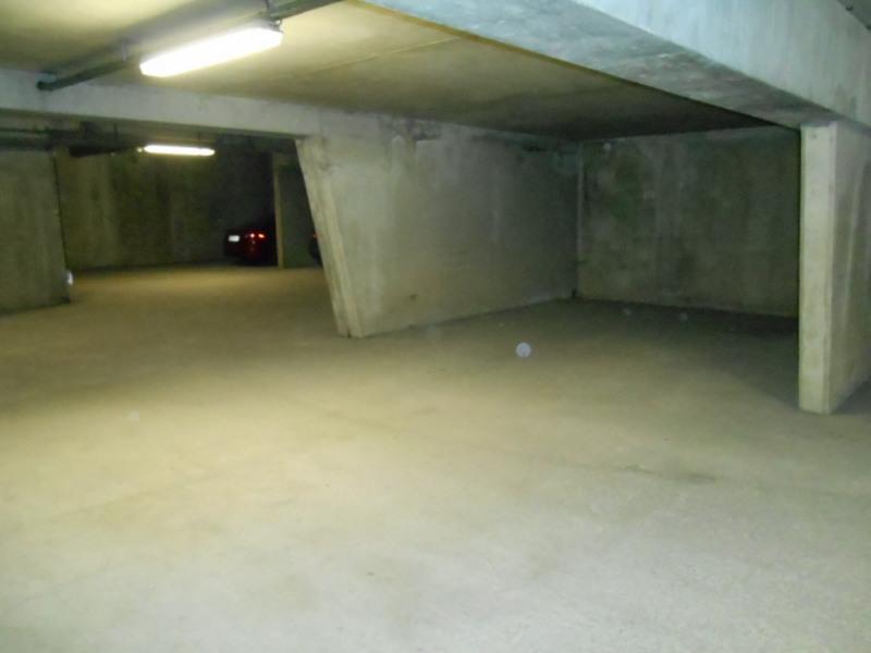 Rental parking spaces Saint quentin 51€ CC - Picture 1