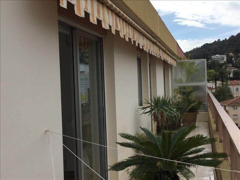 Revenda apartamento Le golfe juan 284000€ - Fotografia 6