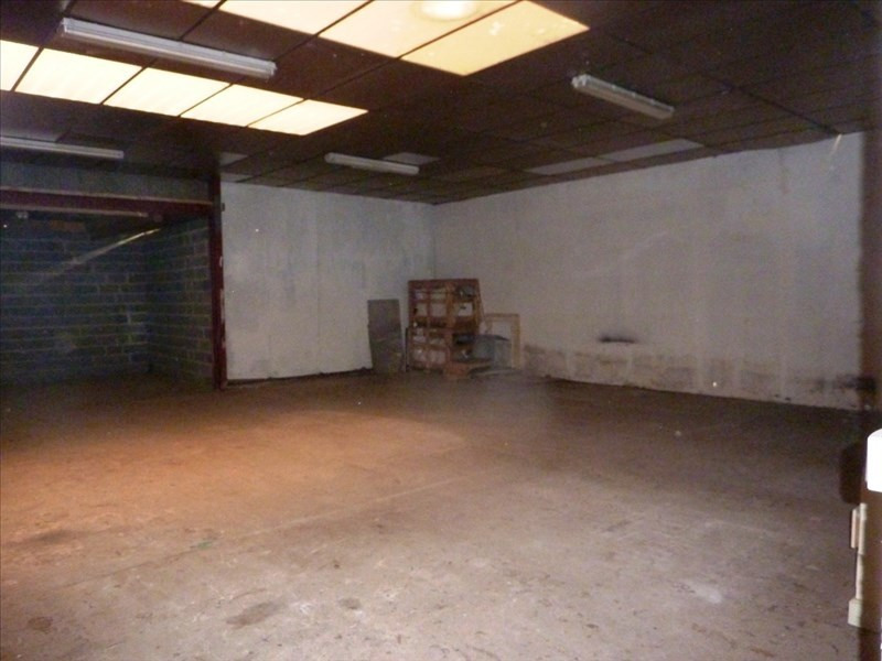 Location local commercial Fougeres 1778€ HT/HC - Photo 5