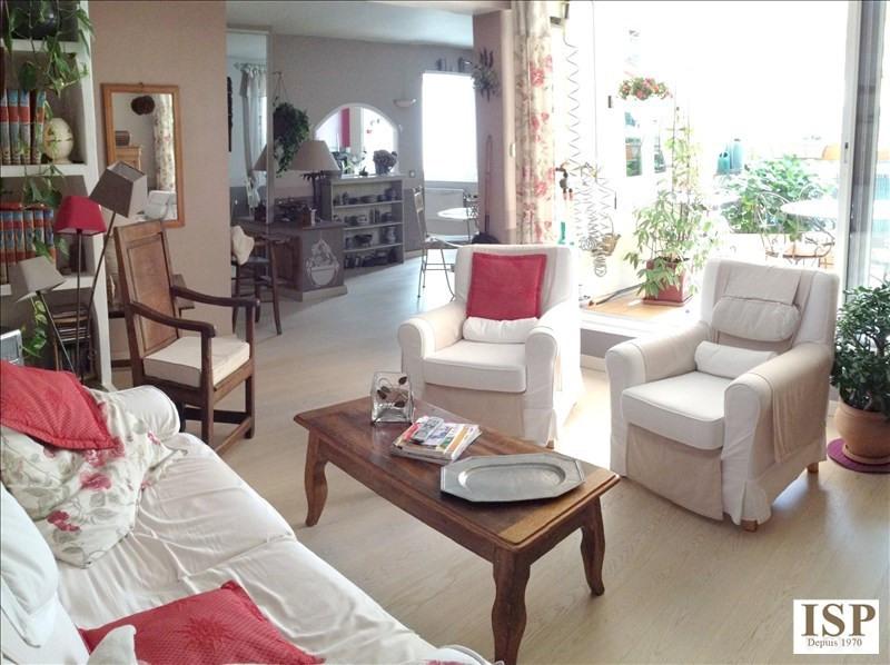 Sale apartment Aix en provence 329100€ - Picture 2