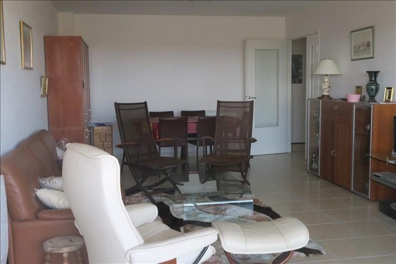Sale apartment Royan 380000€ - Picture 3