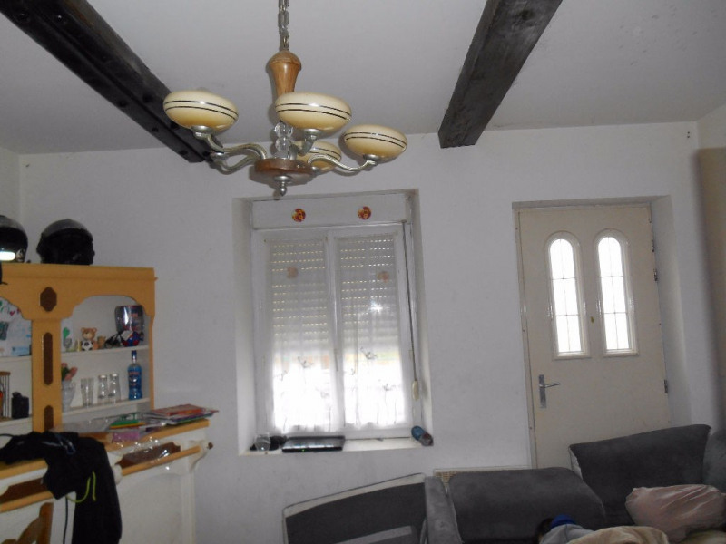 Investment property house / villa Songeons 147 000€ - Picture 2
