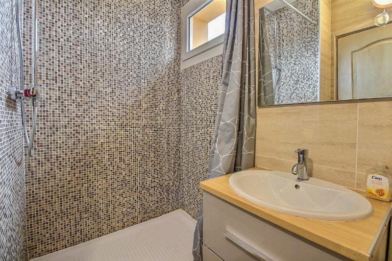 Location appartement Garons 530€ CC - Photo 4