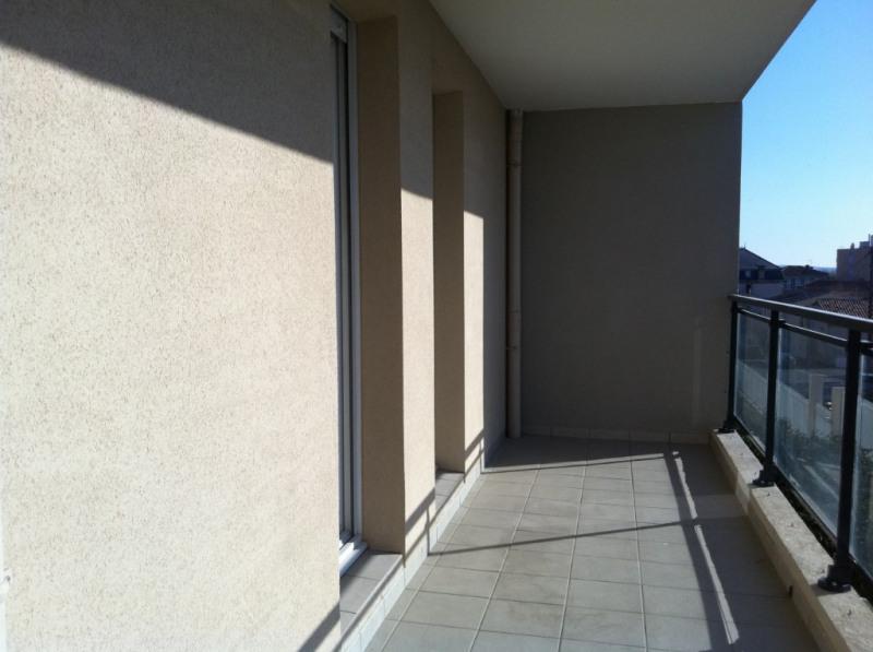 Sale apartment Salon de provence 190000€ - Picture 2