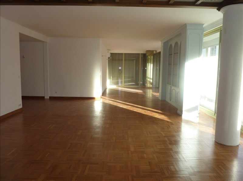 Location appartement Marseille 8ème 2 150€ CC - Photo 3