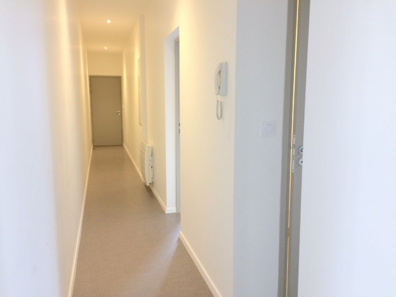 Location appartement La rochelle 845€ CC - Photo 9