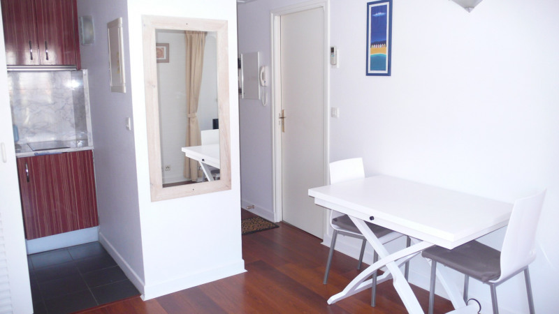 Vacation rental apartment St jean de luz 730€ - Picture 4