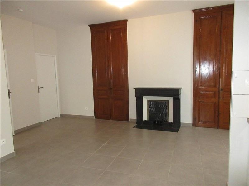 Location appartement La murette 650€ CC - Photo 2