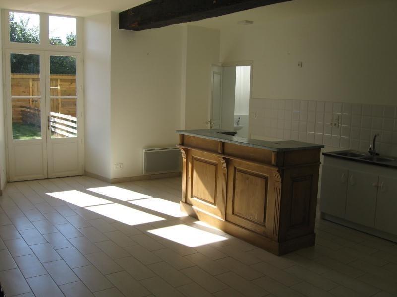 Location appartement Le genest st isle 530€ CC - Photo 5