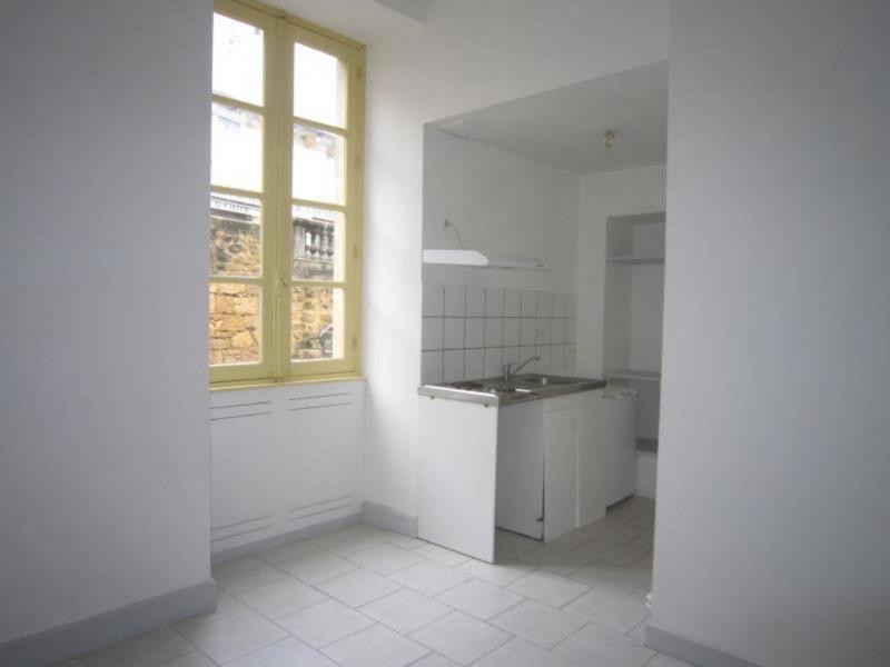 Rental apartment Saint-cyprien 339€ CC - Picture 1