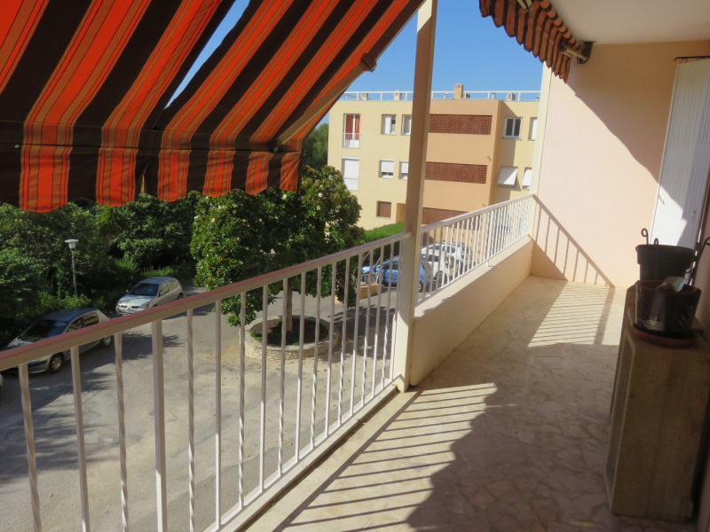 Rental apartment Bandol 1 100€ CC - Picture 3