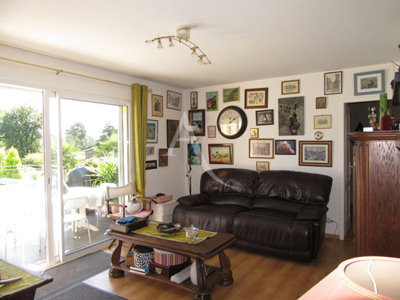 Sale house / villa Bassillac et auberoche 254400€ - Picture 5