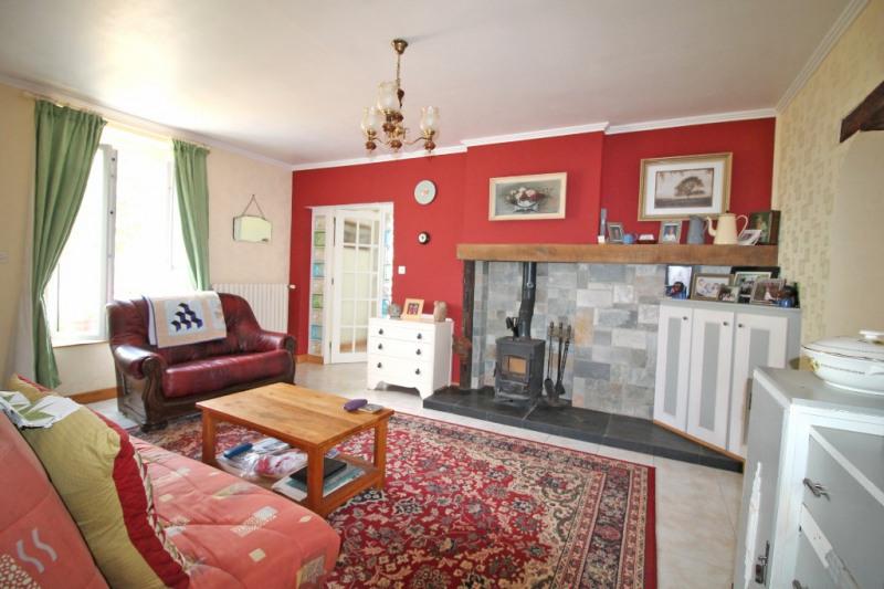 Vente maison / villa La chartre sur le loir 141700€ - Photo 2