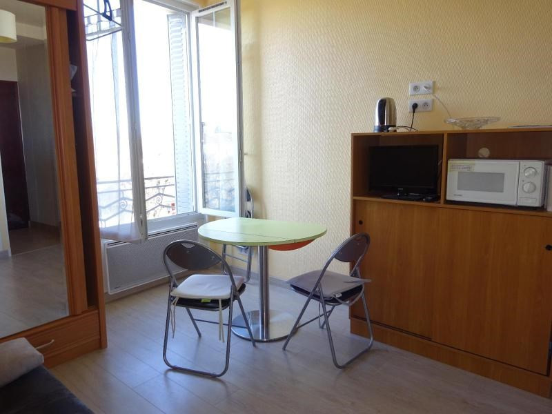Location appartement Vichy 130€ CC - Photo 3