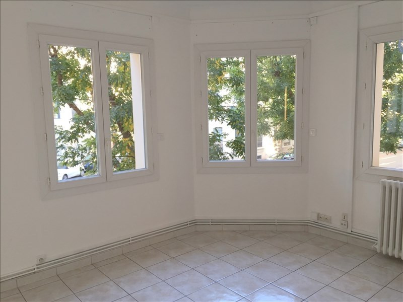 Rental apartment Montpellier 826€ CC - Picture 2
