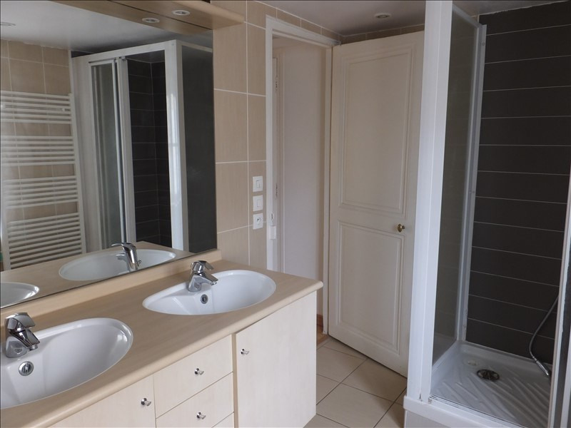 Location appartement Versailles 906€ CC - Photo 4