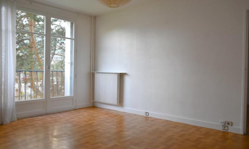 Rental apartment Les clayes sous bois 727€ CC - Picture 3