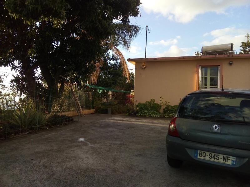 Location maison / villa St leu 869€ CC - Photo 8