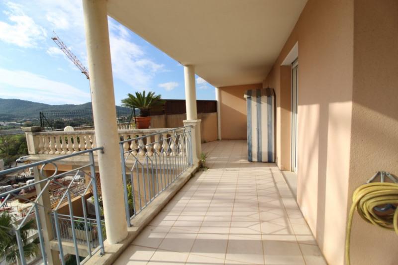 Vendita appartamento Hyeres 286000€ - Fotografia 3