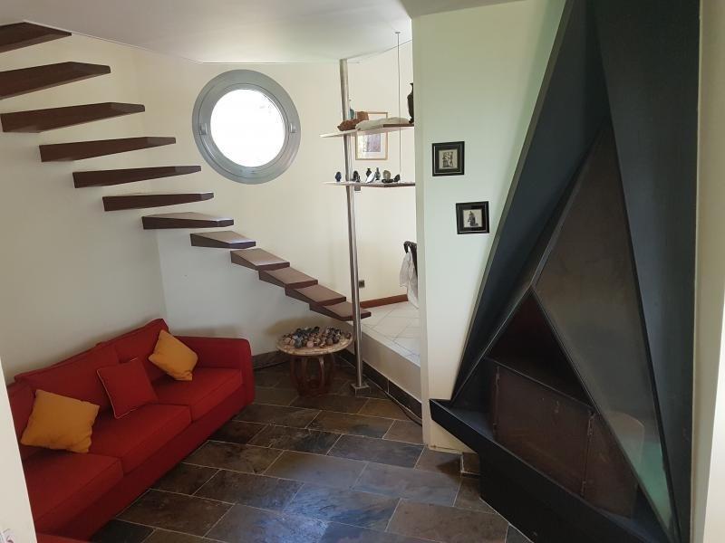 Deluxe sale house / villa La possession 725000€ - Picture 5