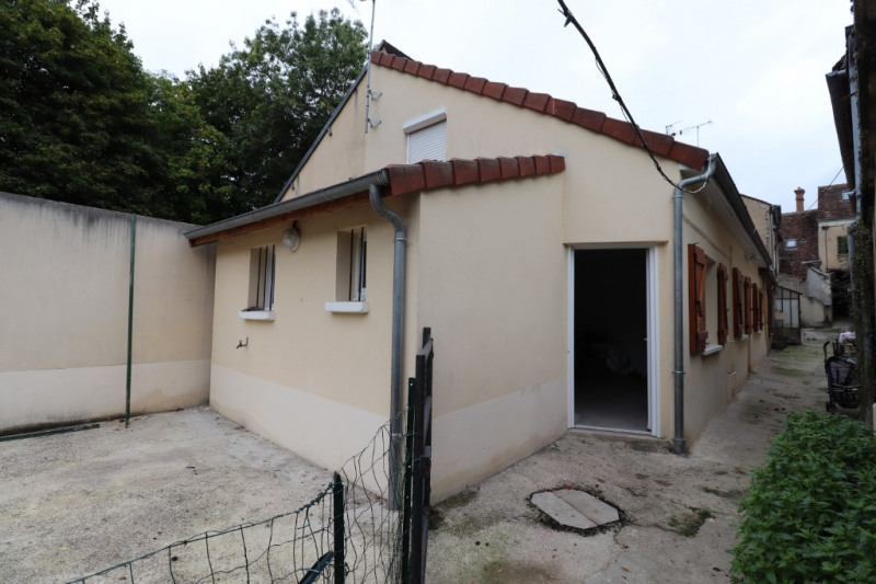 Sale house / villa Montargis 91375€ - Picture 10