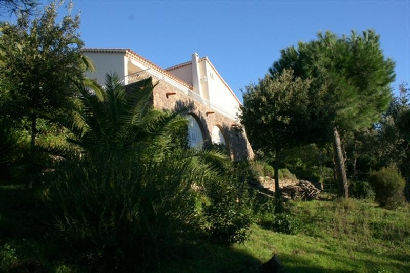 Vacation rental house / villa Les issambres 2 250€ - Picture 3