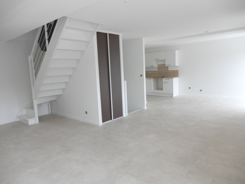 Rental apartment Ballancourt sur essonne 1100€ CC - Picture 2