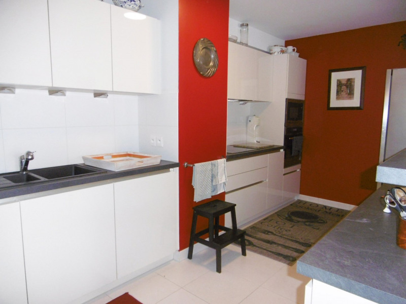 Deluxe sale apartment Arcachon 723000€ - Picture 2