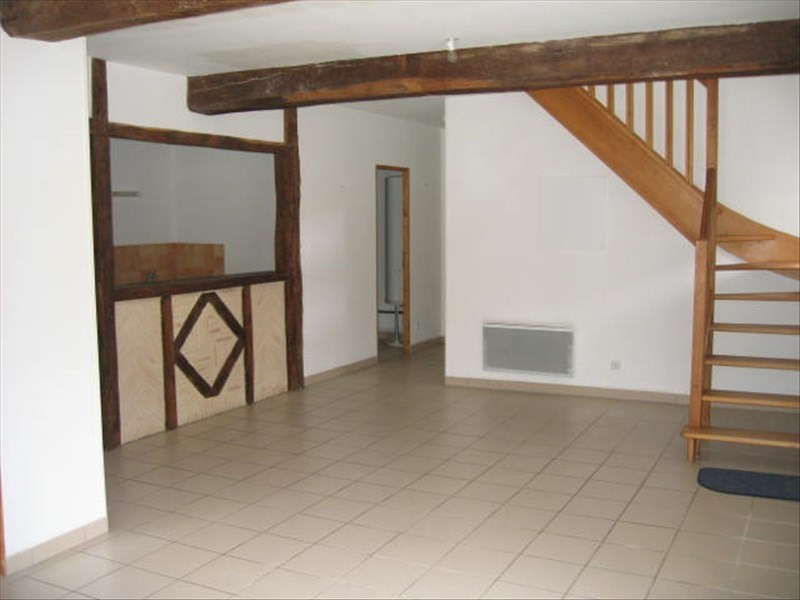Rental apartment Falaise 580€ CC - Picture 1