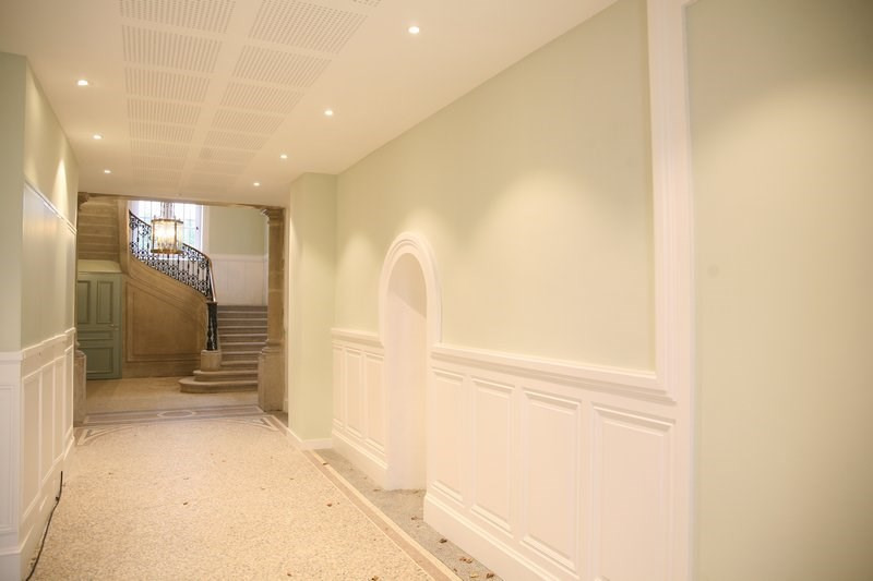 Deluxe sale apartment St genis les ollieres 596000€ - Picture 1