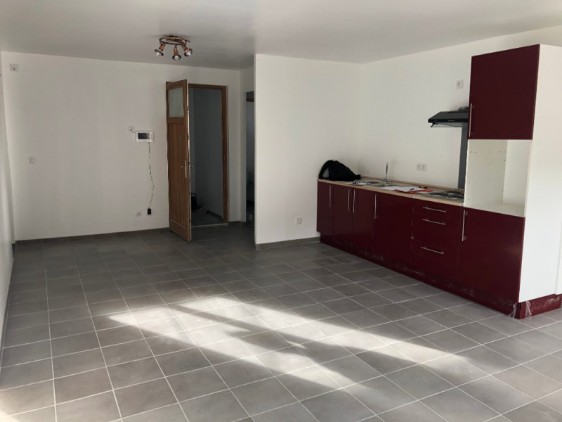 Location appartement Marseille 710€ CC - Photo 3