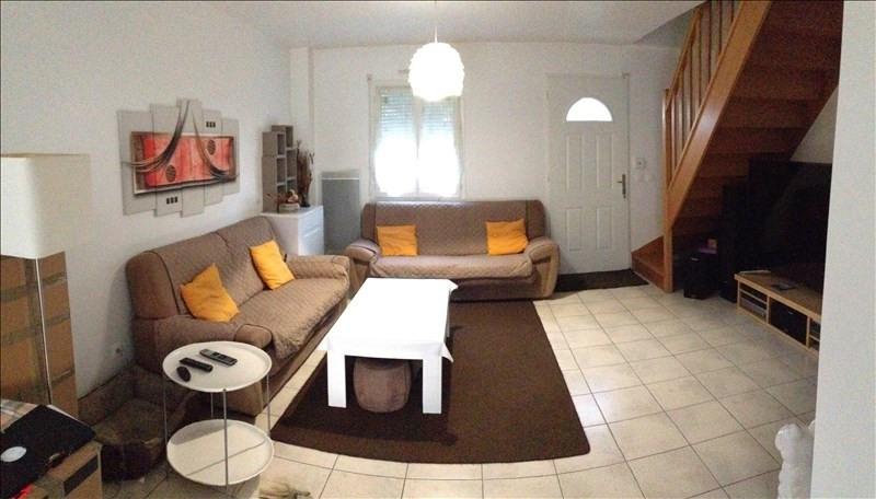 Location maison / villa Nanteuil les meaux 1140€ CC - Photo 1
